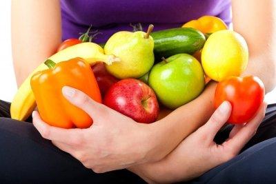 Какие фрукты и овощи помогают при запоре